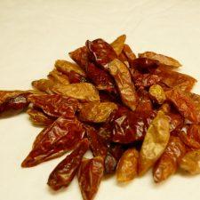 Chili-Schoten, ganz, mittelgroß, BIO